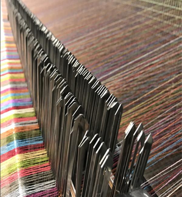 Tissage des étoffes de tissu de qualité